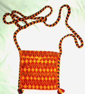 Hand-woven purse $150 pesos plus shipping (mas envio)