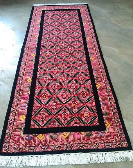 San Andres Larrainzar Traditional Wood Hand-Knotted Rug $16,850 pesos plus shipping (mas envio)