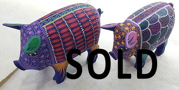 SOLD-Pigs — Large: 25 cm long x 20 cm tall $1,500 pesos plus shipping (mas envio) Medium: 20 cm long x15 cm high $1000 plus shipping (mas envio) Small: 15 cm long x10 cm high $400 pesos plus shipping (mas envio)