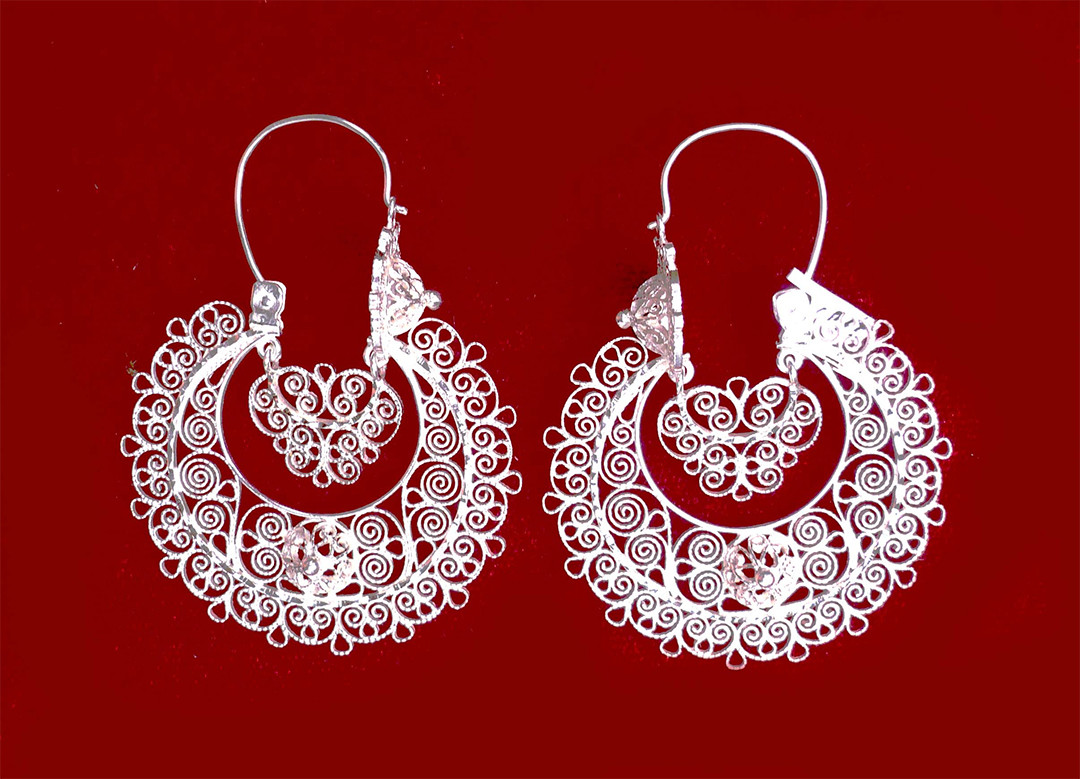 garciaesperanza-earrings3-large.jpg