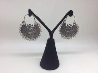 Traditional Mazahua earrings $1,200 pesos plus shipping (mas envio)