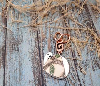 Silver Pendant & Choker with Mata Ortiz Pottery $850 pesos plus shipping (mas envio)