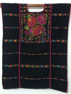 4800 Blusa de rosas, mercerizado, 79 cm largo x 62 cm ancho.jpeg