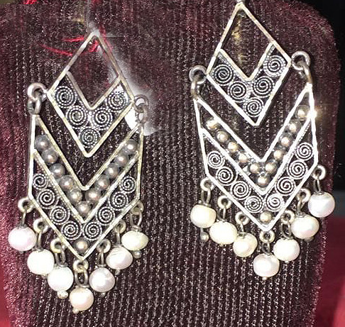 """Rombos"" Earrings of River Pearl & Silver $1300 plus shipping (mas envio)"