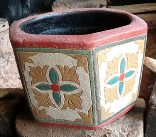 Otagonal Pot $500 pesos plus shipping (mas envio)