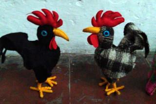 Rooster (gallo) $150 pesos plus shipping (mas envio)