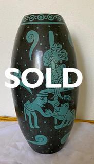 SOLD-Mayan Barro Bruñido Vase $1,200 pesos plus shipping (mas envio)