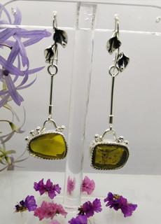 Green Amber & Silver Earrings $1850 pesos plus shipping (mas envio)