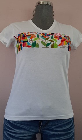 Women's T-shirt  S/M/L $550, XL/XXL $600 pesos plus shipping (mas envio)