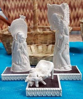 Holy family $40,000 pesos plus shipping (mas envio)