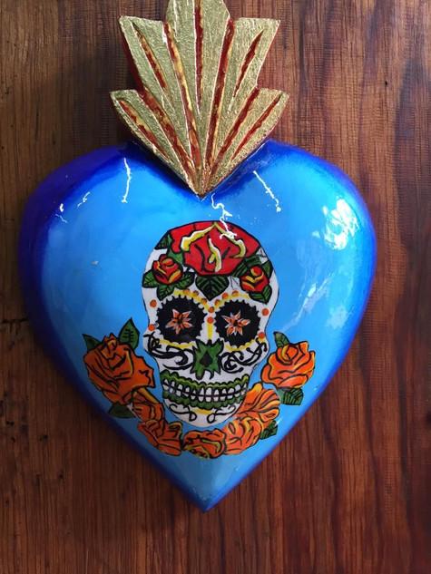 Corazon (heart) $550 pesos plus shipping (mas envio)
