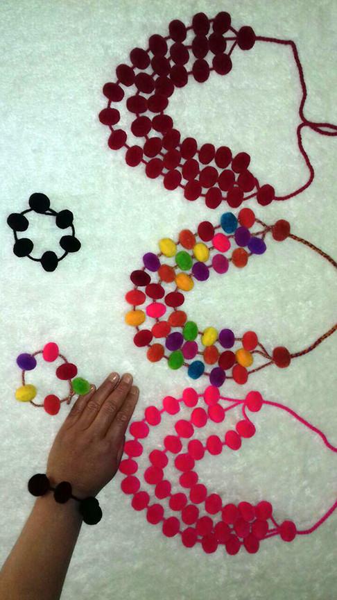 mezaconcha-necklace2-large.jpg