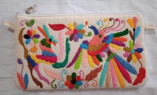 Hand-Embroidered Otomi Purse $550 pesos plus shipping (mas envio)