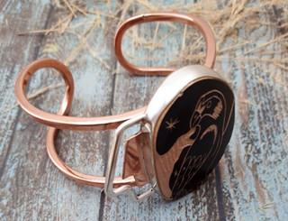 Silver Bracelet with Mata Ortiz Pottery $ 1,300 pesos plus shipping (mas envio).