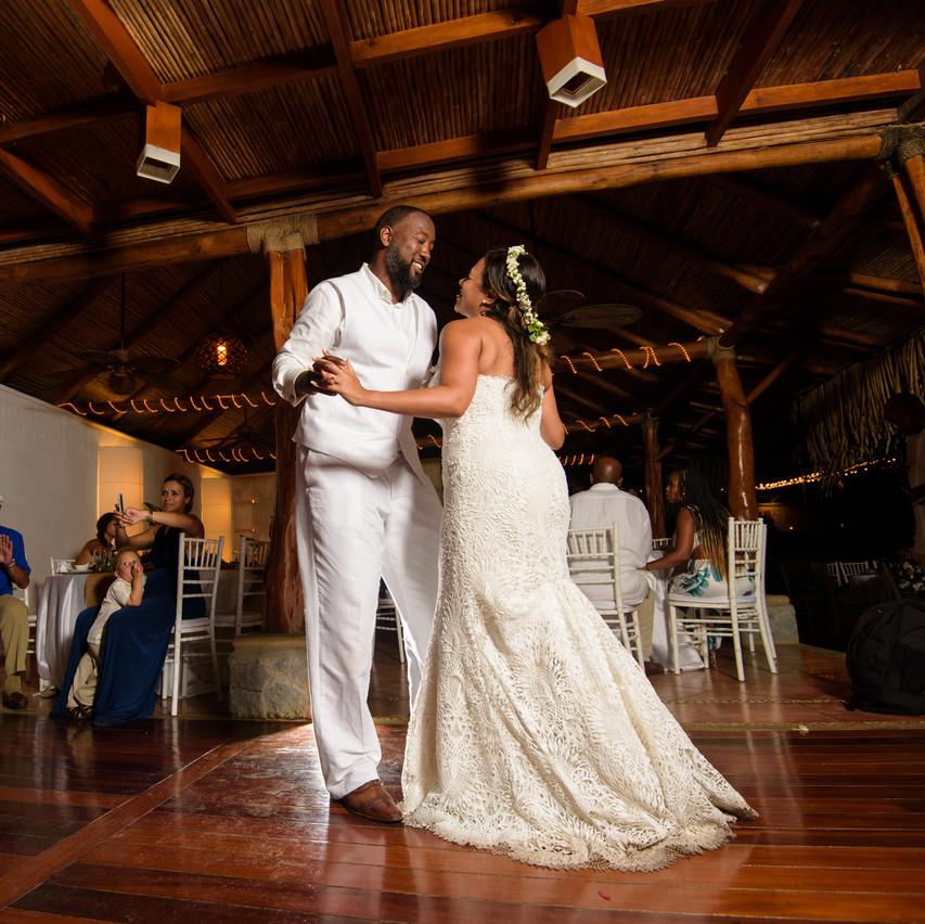 Dancing close at Tamarindo Diria
