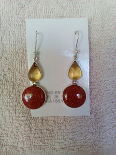 Amber & Aventurine Earrings $750 pesos plus shipping (mas envio)
