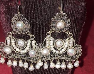 """""""River Pearl"""" & Silver Earrings $1,400 pesos plus shipping (mas envio)"""