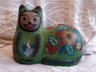 Gato (cat) $8,500 plus shipping (mas envio)