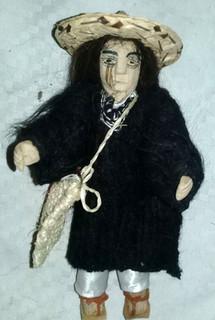 Muñequito (doll) $200 pesos