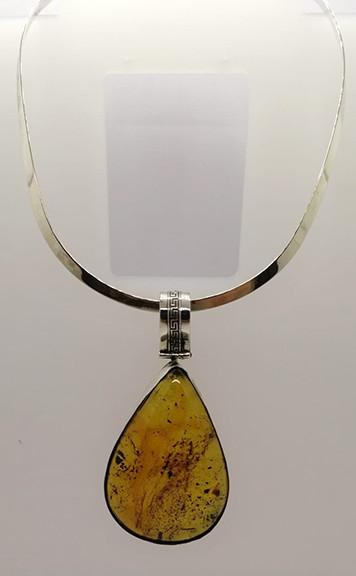 Amber & Silver Drop Necklace $1,900 pesos plus shipping (mas envio)