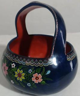 Hand-painted Gourd Basket $850 pesos plus shipping (mas envio)