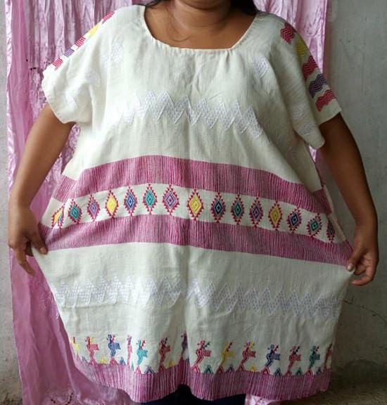 Cotton Huipil (large) $1,000 pesos plus shipping (mas envio)