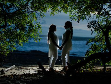 Costa Rica Couples Photo Shoot at Playa Langosta