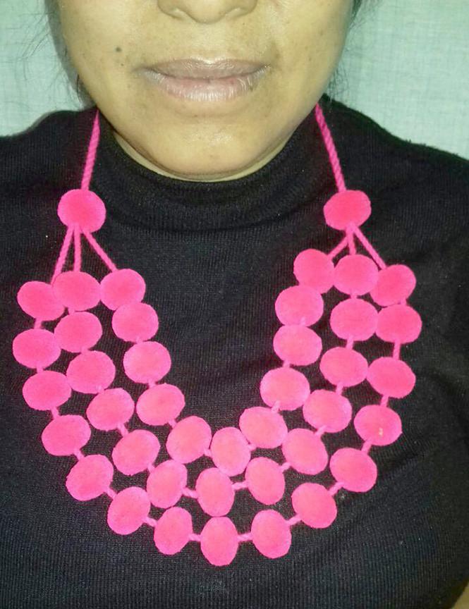 mezaconcha-necklace3-large.jpg