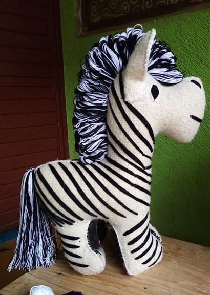 Wool Zebra $1,200 pesos plus shipping (mas envio)