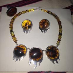 mendozaestrada-necklace-large.jpg