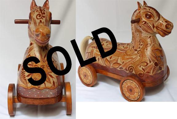 SOLD--Barro Canelo Horse on Wheels $3800 pesos plus shipping (mas envio)