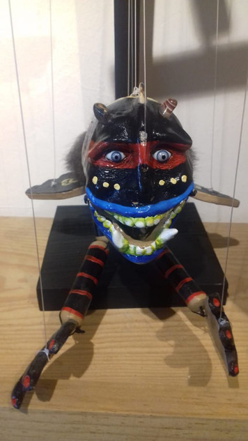 "Puppet ""Witch"" $800 pesos plus shipping (mas envio)"