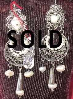"""SOLD--""""Arillos"""" Earrings $1,150 pesos plus shipping (mas envio)"""