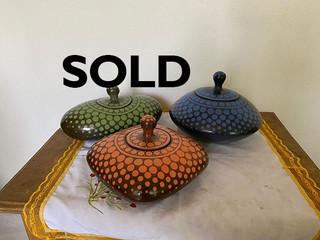 SOLD-Bomboneras Punteadas $750 pesos each/cu plus shipping (mas envio)