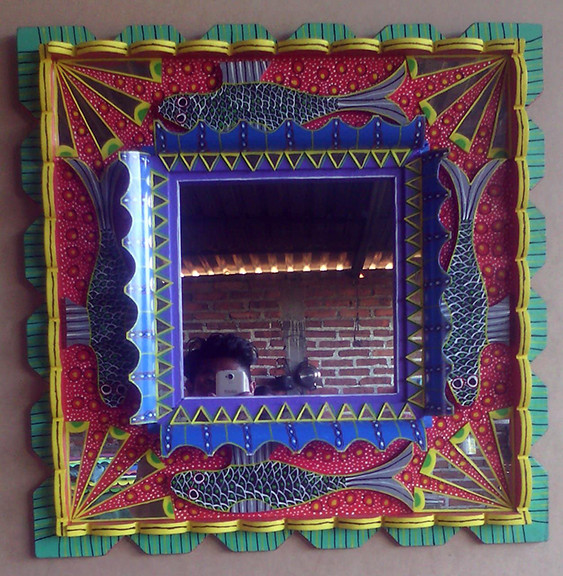 """Magic"" Mirror (espejo) $2,500 pesos plus shipping / mas envio"
