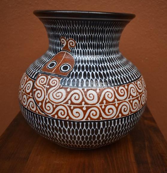 Snake jar $1,200 pesos mas enviro / plus shipping