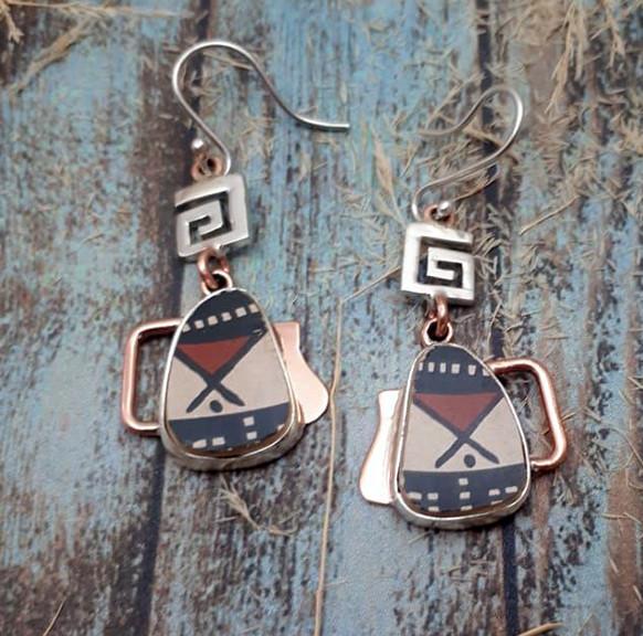 Silver Earrings with Mata Ortiz Pottery $1,575 pesos plus shipping (mas envio)