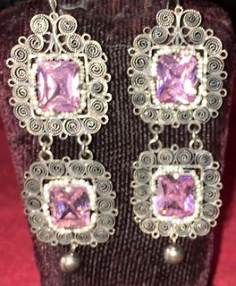 """""""Flirtatious"""" Silver Earrings $2,600 pesos plus shipping (mas envio)"""