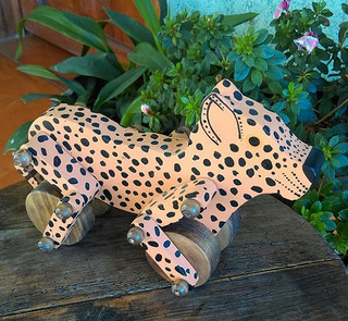 Jaguar $160pesos plus shipping / mas envio