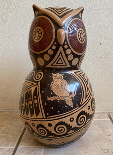 Pre-Hispanic Owl Design in Negative $3000 pesos plus shipping (mas envio)