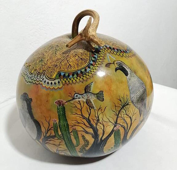 Hand-painted Gourd 'Desert' Sewing Kit $9500 pesos plus shipping (mas envio)