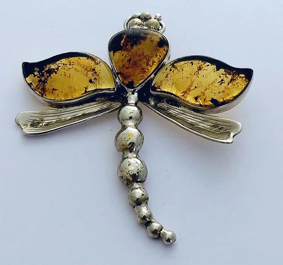Silver dragonfly pendant $2,750 pesos plus shipping (mas envio)