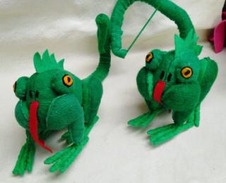 Chameleon $150 pesos plus shipping (mas envio)
