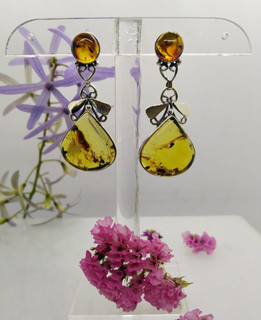 Amber Drops & Silver Earrings $750 pesos plus shipping (mas envio)