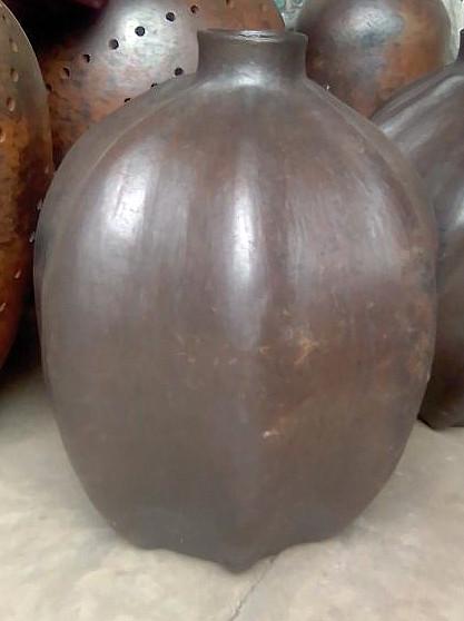 Pumpkin olla $1,000 pesos plus shipping / mas envio