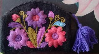 """Handmade wool """"monedero"""" wallet $250 pesos plus shipping (mas envio)"""