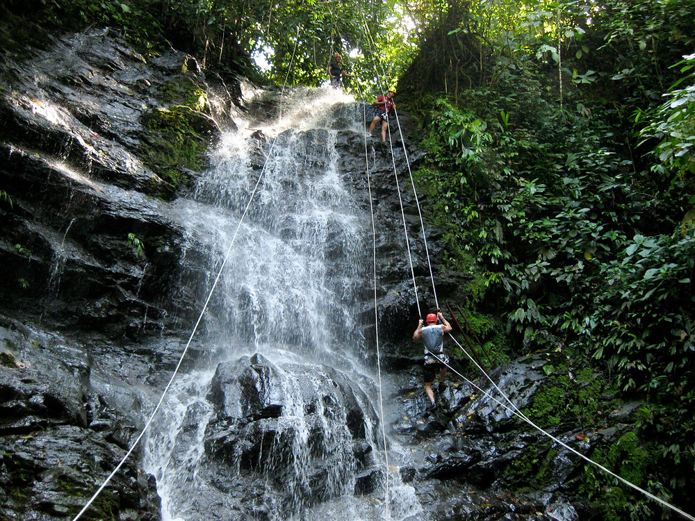 Ideas for unique things to do with kids in Costa Rica
