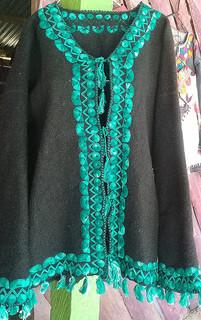 Hand-woven wool jacket $1000 pesos plus shipping (mas envio)