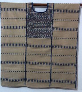 5500 corto, 3 lienzos teñido con nuez, y brocado con añil,74cm ancho x cm largo.jpeg