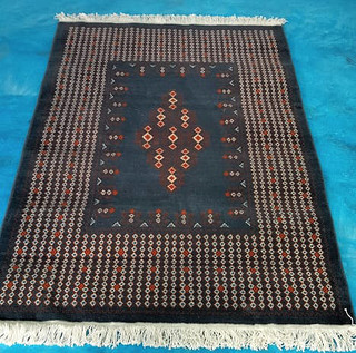"""Chalchihuitan: oriental-style hand-knotted rug $9560 pesos plus shipping (mas envio)"